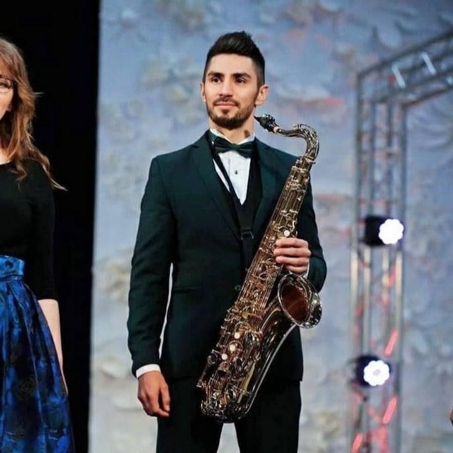 Saksofonista i wokalista